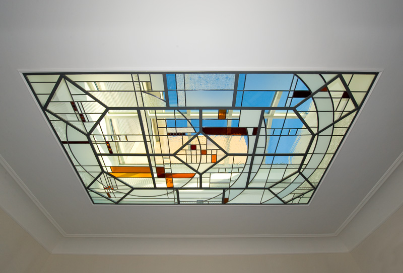 Modern art glass for an old mansion in Tongeren