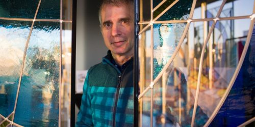 HANDMADE ARTISTIC GLASS, ON A MISSION TO COLOUR BELGIUM'S GRAY SKIES